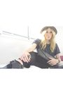Black-sam-edelman-boots-gray-forever-21-t-shirt-gray-h-m-via-thrift-town-hat