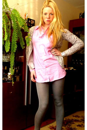 silver MORGAN sweater - pink killah shirt - gray leggings