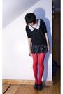 Gray-vintage-sweater-black-forever-21-shorts-red-hyaku-en-shoppu-tights-bl