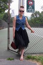 vest - skirt - shoes