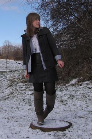 Target sweater - bitten shirt - Target t-shirt - Express skirt - Target boots