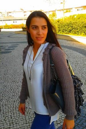 Bimba & Lola coat - DKNY purse - Massimo Dutti pants - Uterque necklace