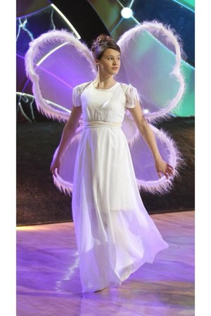 white wings Angel accessories - white dress