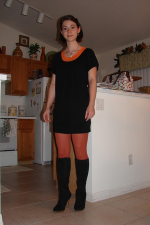 orange rainbow tights - black boots - black Express top - silver Premier Designs
