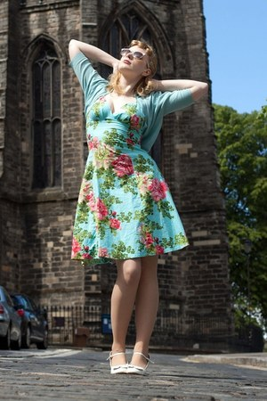 light blue floral Limb dress - nude Primark tights - light pink Primark sunglass