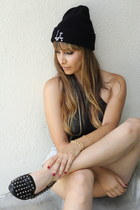 black la beanie brandy melville hat - light blue cutoffs random brand shorts
