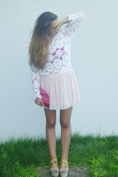Primark skirt - H&M shoes - BLANCO bag - sunglasses - Zara blouse