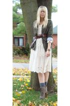 beige traffic people dress - green Flying Tomato jacket - brown Colcci boots - g