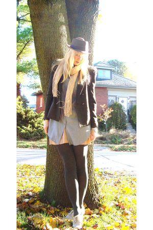 beige Pour La Victoire shoes - blue shirt - green Eryn Brinie blazer - brown hat