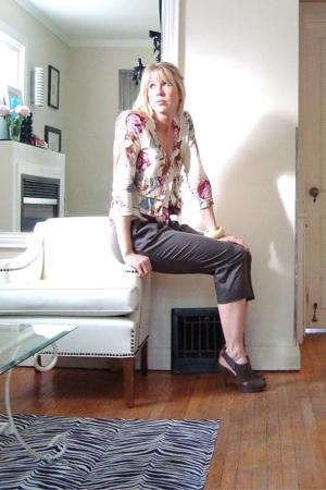 Charlotte Tarantola sweater - pants - Nine West shoes