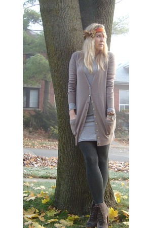 gray HUE stockings - silver Piko dress - beige olive&olivia sweater - brown Colc