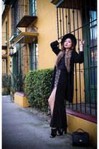 black felt Urban Outfitters hat - black vintage bag coach purse