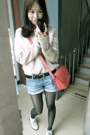 ruby red bag - eggshell shoes - black tights - blue Forever21 shorts