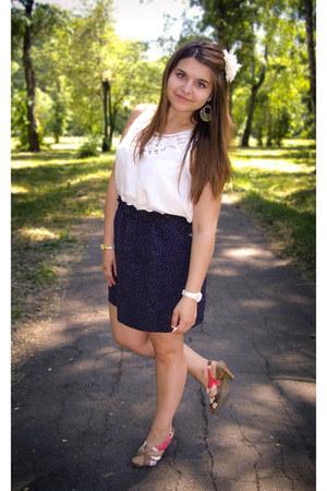 Forever 21 dress - vintage skirt - Forever 21 earrings