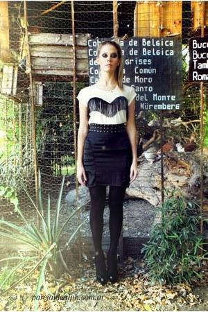 black leathers shoes - white cotton shirt - black satin skirt