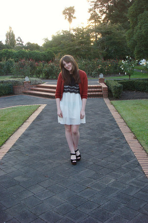 off white modcloth dress - brick red jeanswest cardigan - black splendid sandal