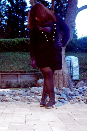 black military INC jacket - black clogs Lucky Brand boots
