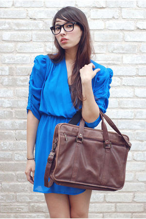 blue bonjour vintage dress - brown bonjour vintage accessories