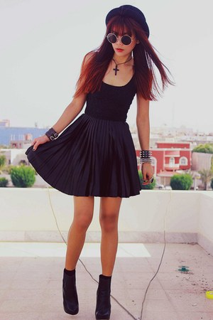 black motelrocks dress - black Bershka boots