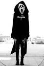 Black-faust-lovelysally-leggings-black-blackmilkclothing-cape