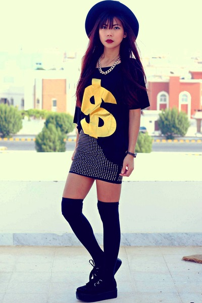 black studded Romwecom skirt - black creepers choiescom shoes