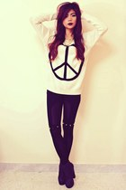 black Romwecom leggings - ivory peace sign Romwecom jumper