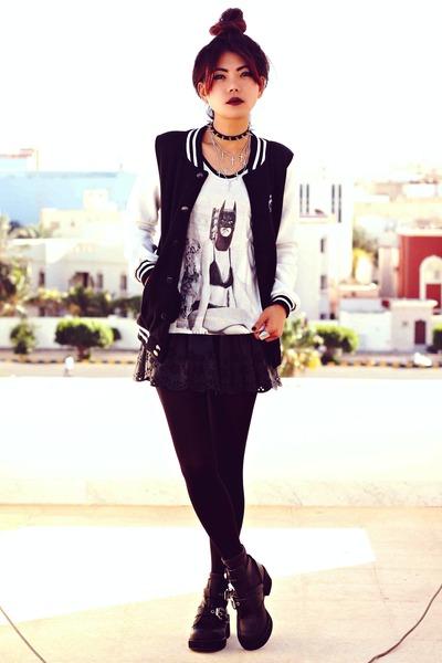 black luluscom boots - black baseball Oasapcom jacket