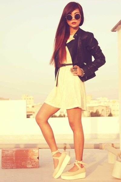 cream lace vintage dress - cream romwe shoes - black leather Topshop jacket