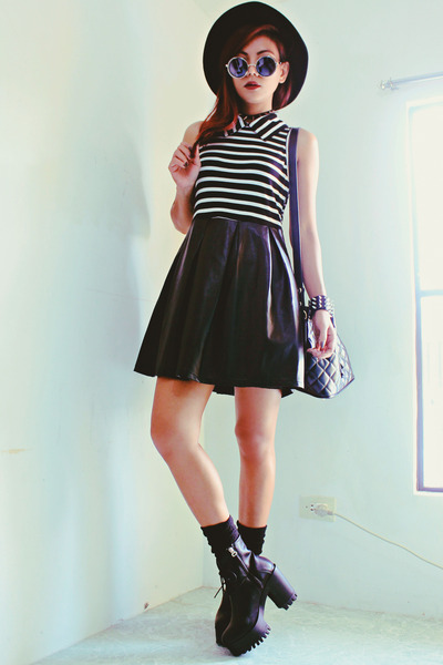 black Romwecom dress
