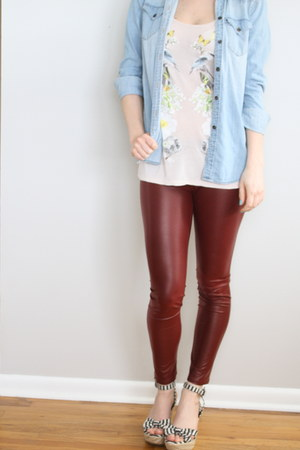 chambray top - detailed top - maroon leggings
