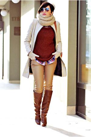 Stradivarius boots - Zara coat - New Yorker sweater - Cortefiel shirt