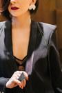 Black-helena-scrittore-suit