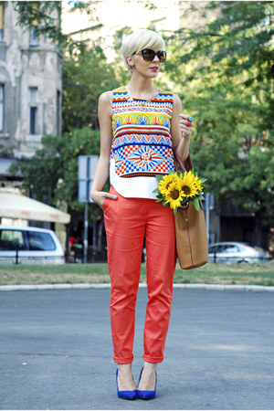 camel herejcom bag - salmon custom made pants - blue Zara pumps
