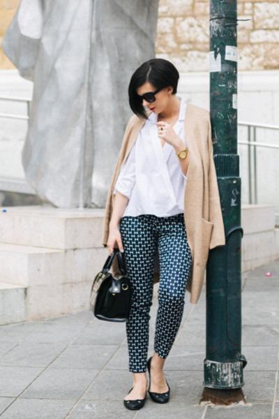 Zara shirt - Sisley bag - Z&A Jewlery ring - H&M cardigan