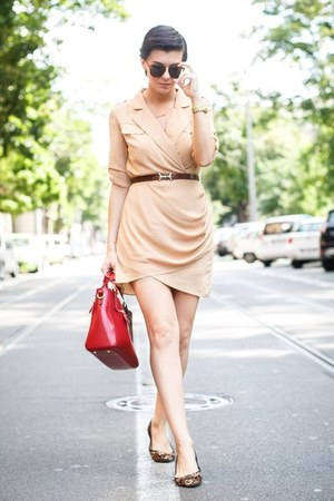 dark brown zeroUV sunglasses - camel 6ks dress - ruby red Choies bag
