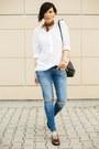 Teal-zara-jeans-black-shein-bag-white-mango-blouse-bronze-ecco-flats