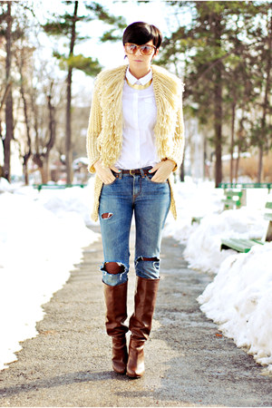 blue Handmade by my mom sweater - crimson Stradivarius boots - camel Guess jeans