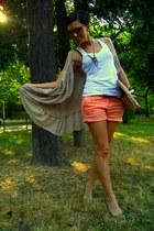 peach Mango shorts - tawny DIY bag - tan H&M vest - tawny no brand flats