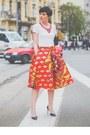 Coral-chic-skirt-white-chic-t-shirt-black-aldo-pumps
