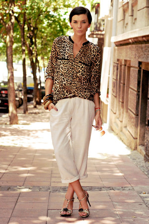 light brown Dino Bigioni sandals - brown Zara shirt - beige Sugarlips pants