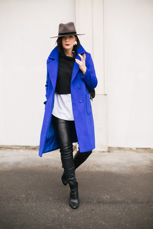 blue Metisu coat - black asos boots - gray Rehab hat - black OFINGER STORE bag