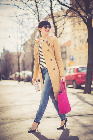 camel lindex coat - black Zara shoes - blue lindex jeans - hot pink lindex bag