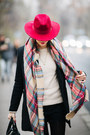 Black-sheinside-coat-hot-pink-lindex-hat-off-white-new-yorker-sweater