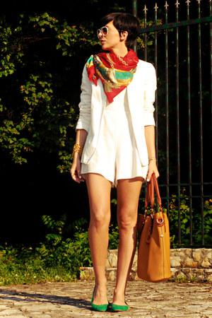 red vintage scarf - white New Yorker blazer - tawny herejcom bag