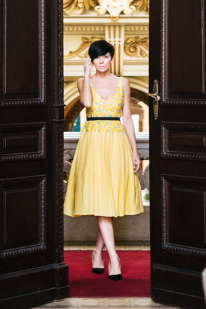 light yellow Aleksandar Zabunovic dress - light yellow - black Zara sandals