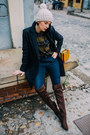 Brown-reserved-boots-navy-reserved-coat-navy-joes-jeans-jeans