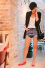 Black-sheinside-blazer-white-lindex-shirt-black-sheinside-bag