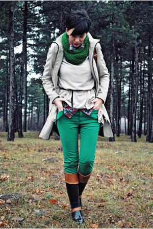 neutral Zara coat - tawny Tommy Hilfiger boots - neutral H&M sweater
