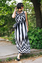 white Jagger dress - black Freyrs sunglasses - black Zara flats