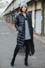 Black-h-m-dress-black-metisu-jacket-gray-h-m-sweater